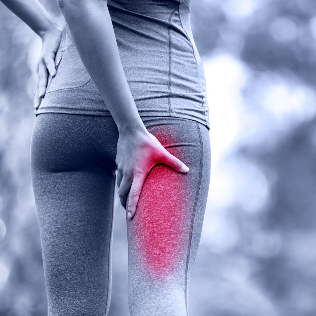 what cause pain in the buttocks